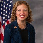 Portrait officiel de Debbie Wasserman Schultz en tant que membre de la Chambre (2013)