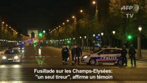 La police en intervention sur les Champs-Élysées suite à l'attaque du 20 avril 2017 (AFP TV, Capture d'écran)